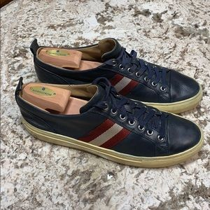 Bally Hector sneakers size US 9D Navy Blue.